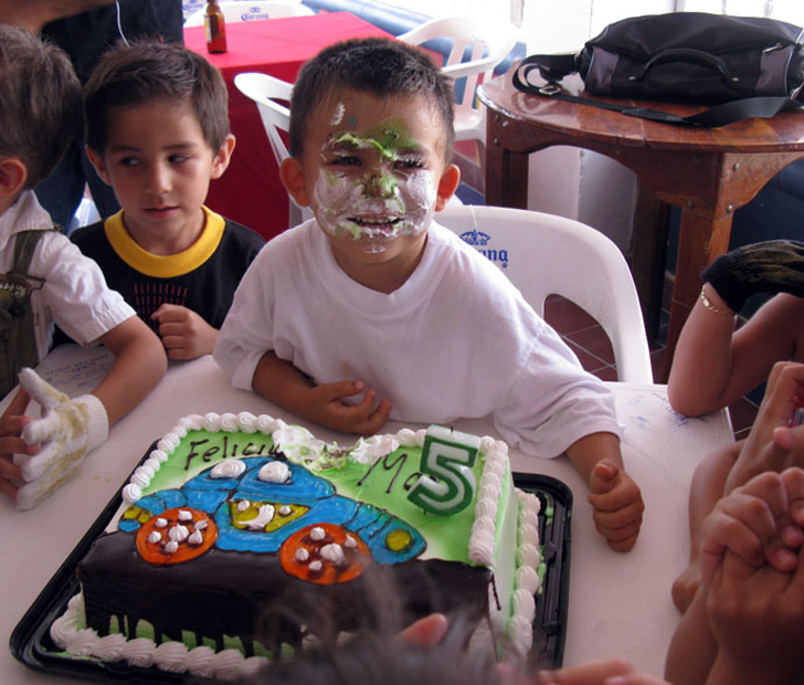 Birthday Celebrations Around The World Kiwico