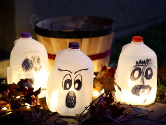 halloween-decorations-DIY-Kiwi-Crate