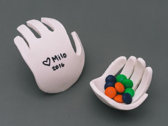 hand-shaped-dish-diy-kiwi-crate-gift