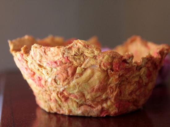 handmade-bowl-diy-kiwi-crate-gift